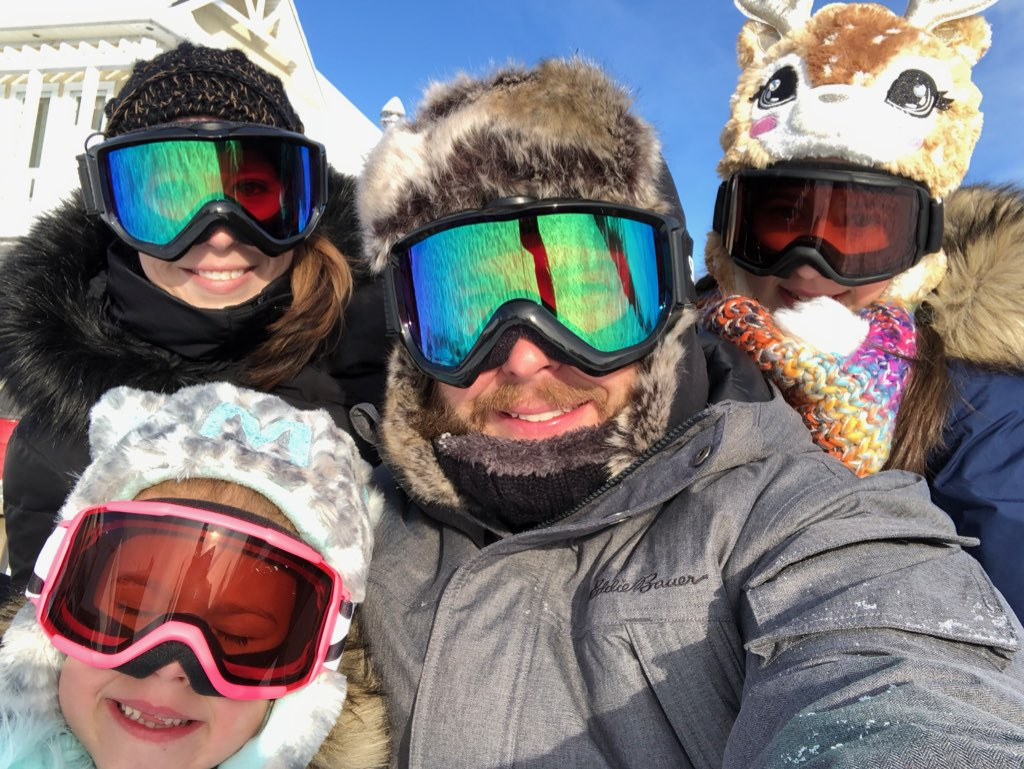 Gregori family in the snow